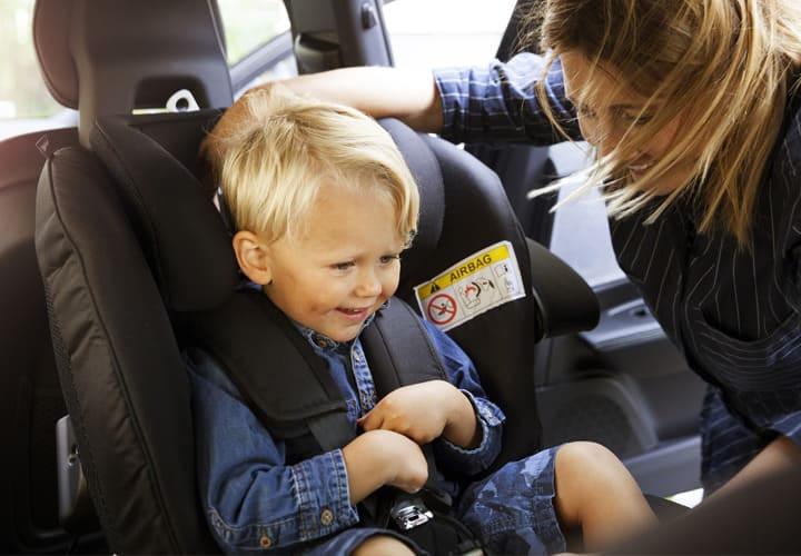 Siège-auto Groupe 0+/1/2, retrouvez le meilleur pour bébé chez Bambinou