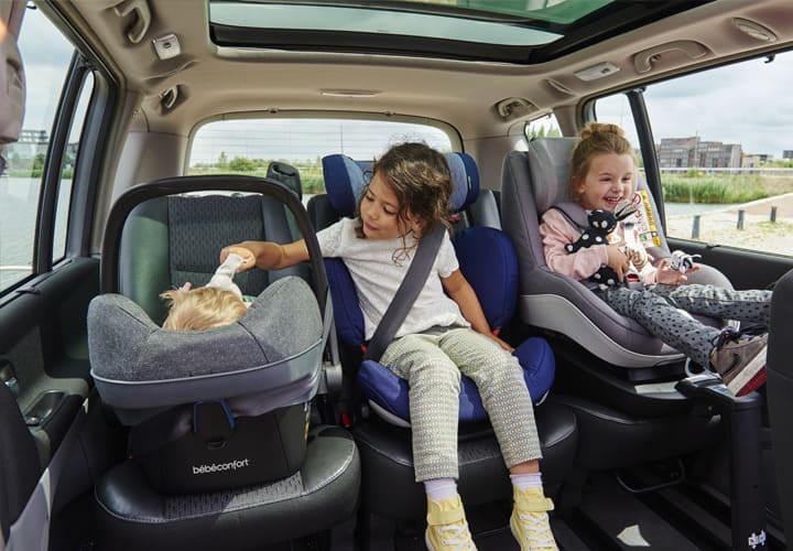 Siège-auto Groupe 2/3, retrouvez le meilleur pour bébé chez Bambinou
