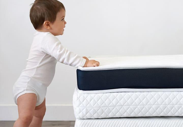 Matelas de lits bébé et berceaux, retrouvez le meilleur pour bébé chez Bambinou