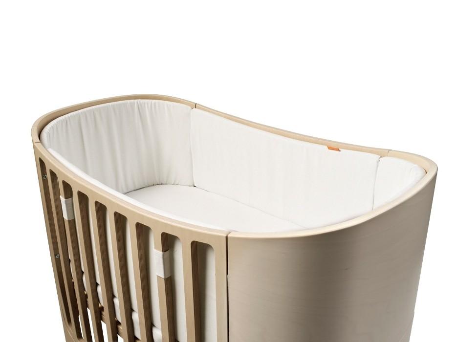 Tour de lit pour lit évolutif LEANDER blanc sur le lit