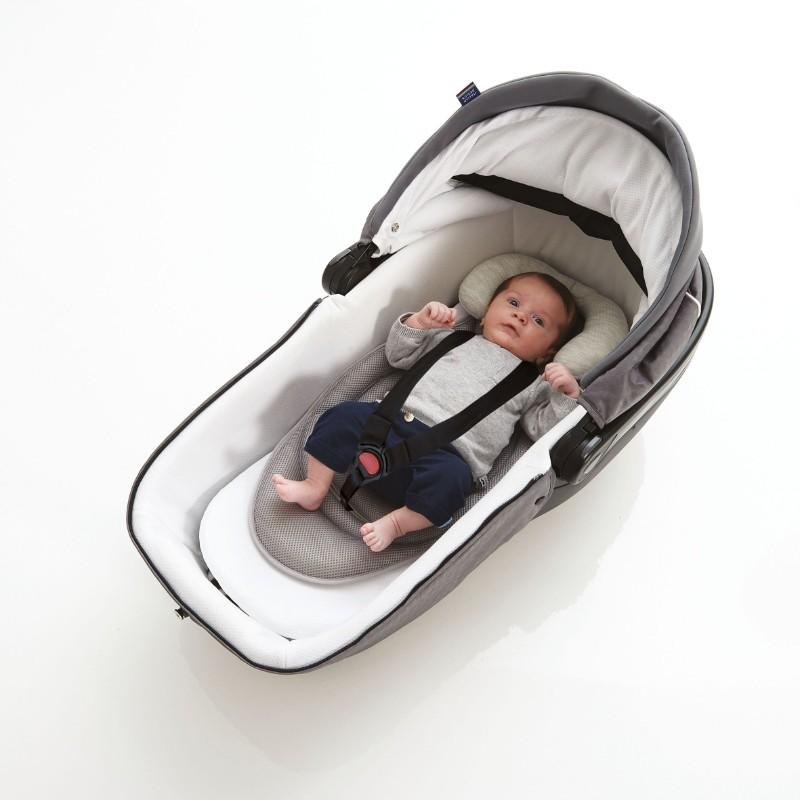 Matelas universel réversible respirant Baby pad Air+ Candide dans nacelle