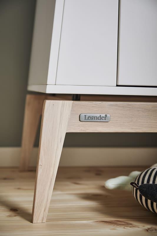 Chambre Luna Blanc : lit, commode, armoire Leander Logo