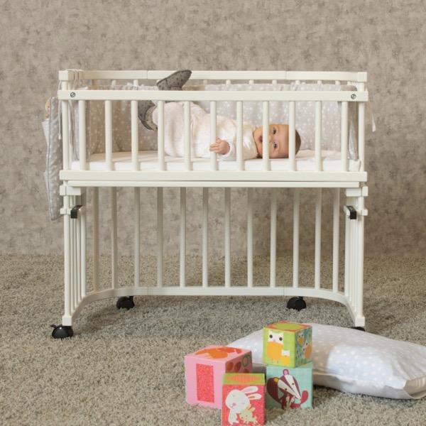 Barrière sécurité 4e côté berceaux Cododo Babybay en situation avec bébé