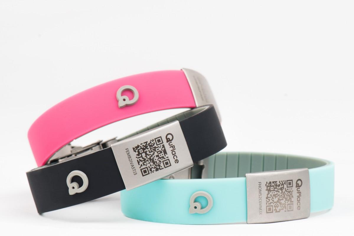 Bracelet géolocalisable QuPlace 3 couleurs