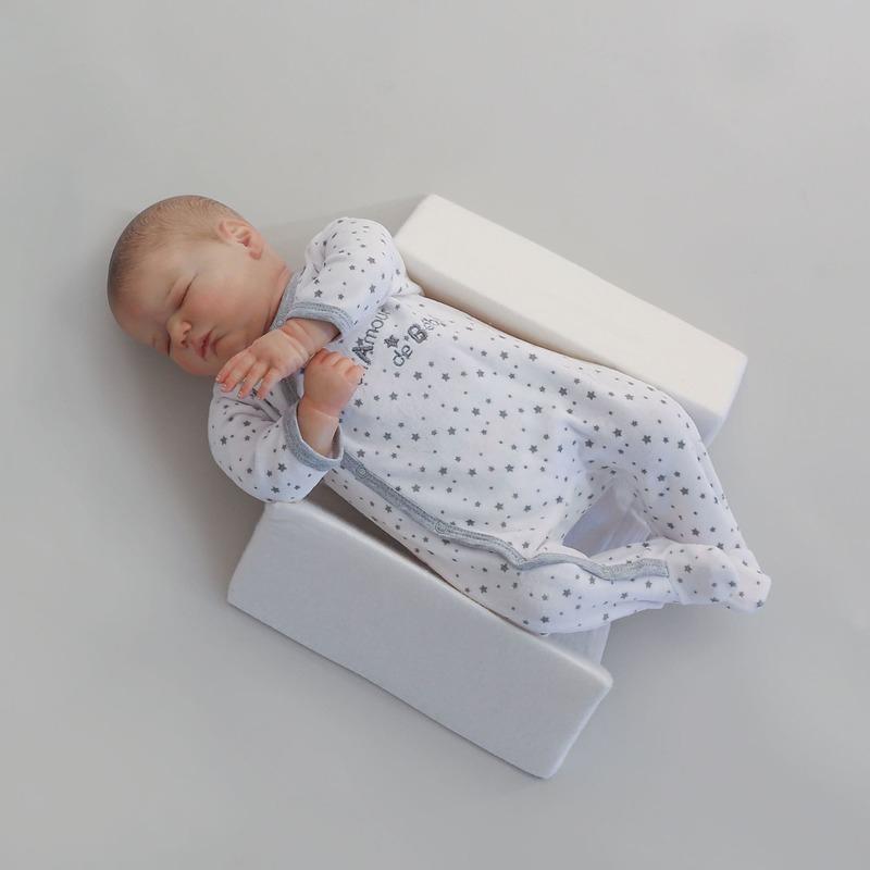 Cale bébé latéral et dorsal Trois Kilos Sept Dos