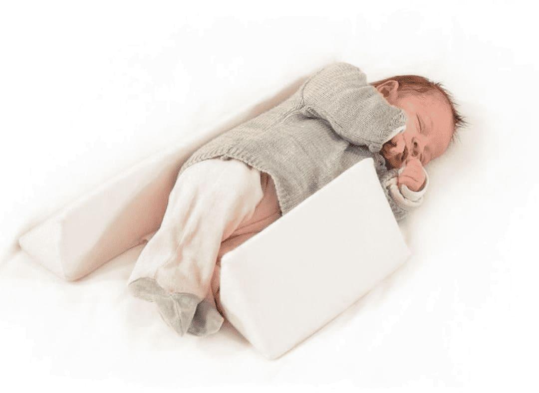 Cale bébé latéral Trois Kilos Sept Enfant