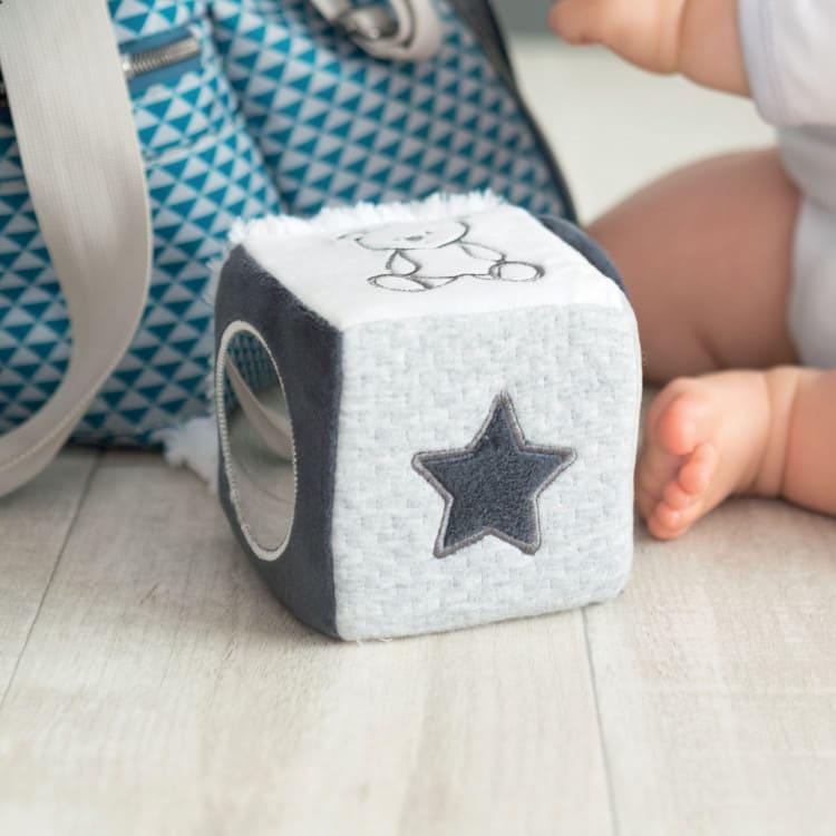 Cube d'activités Martin et ses Copains Trois Kilos Sept Détail