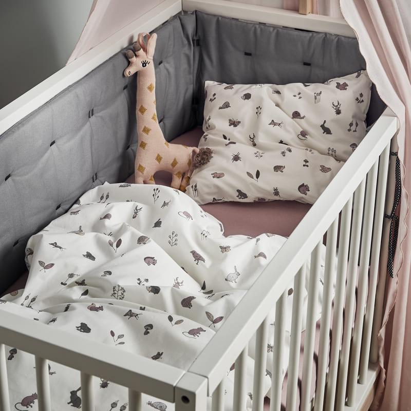 Chambre Luna Blanc : lit, commode, armoire Leander Linge de lit