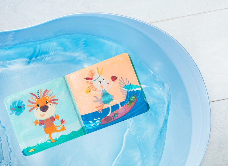 Livre de bain magique Anatole Lilliputiens 2