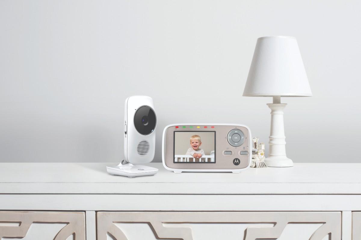 Moniteur vidéo connecté MBP 667 Motorola sur meuble