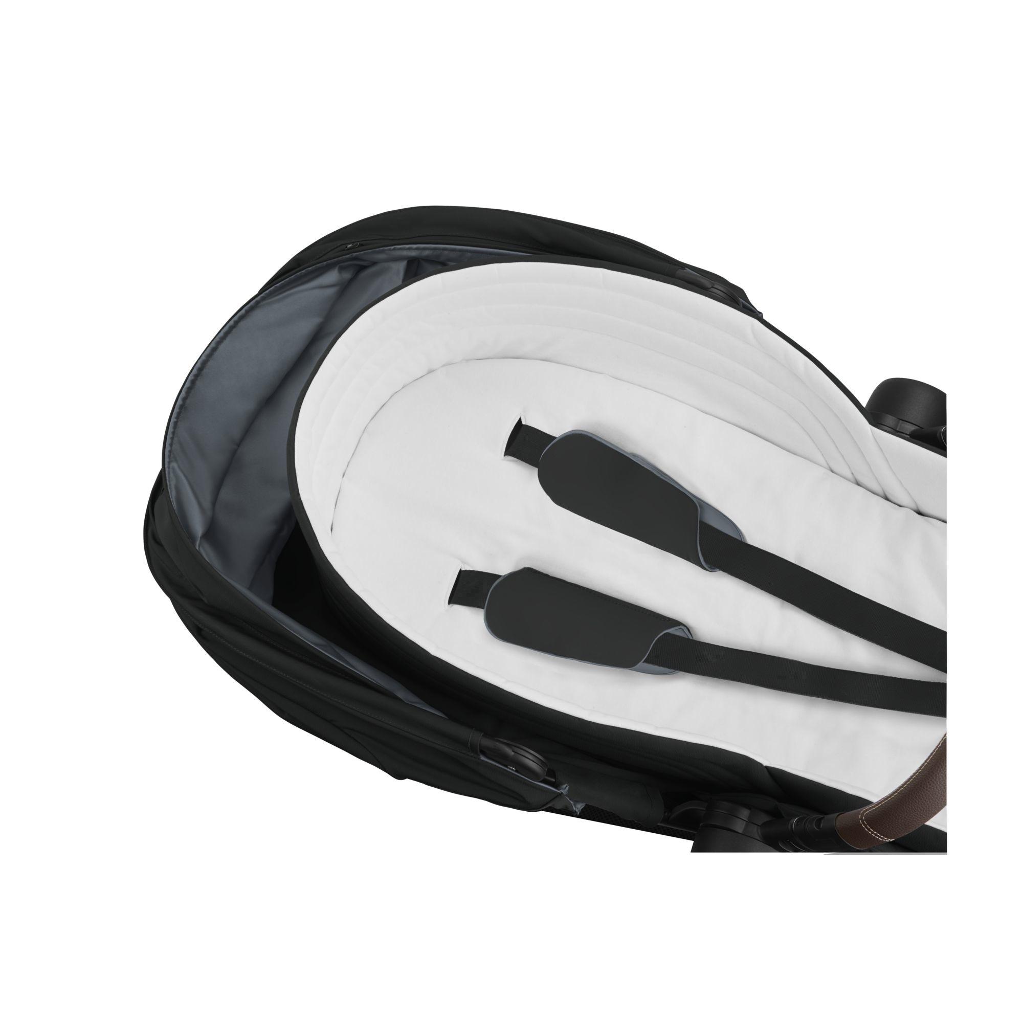 Nacelle legere poussette Mios Priam Deep Black Cybex intérieur