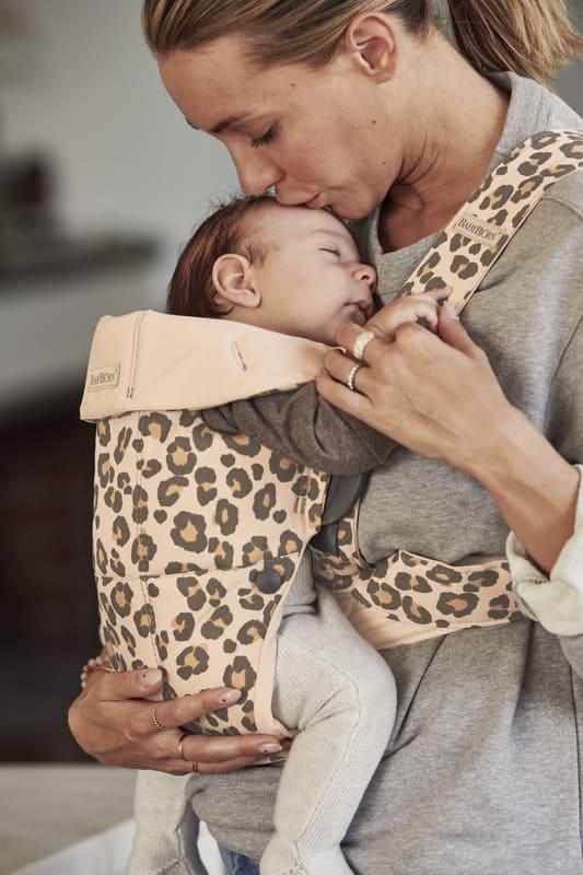 Porte-bébé Mini Coton Babybjorn face parent