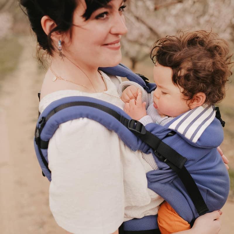 Porte-bébé préformé Néo+ Néobulle porté devant