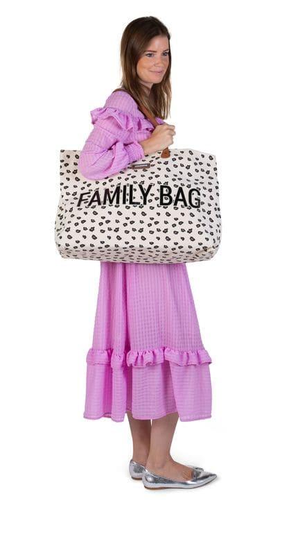 Sac à langer Family Bag Leopard Childhome Utilisation