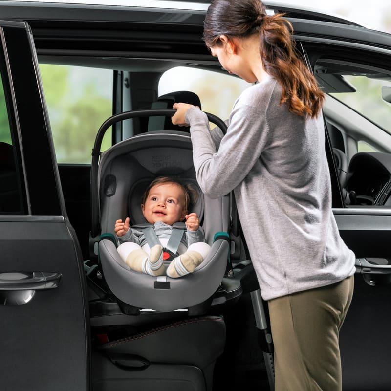 Siège-auto Baby-Safe 3 i-Size groupe 0+ Britax Romer Bébé
