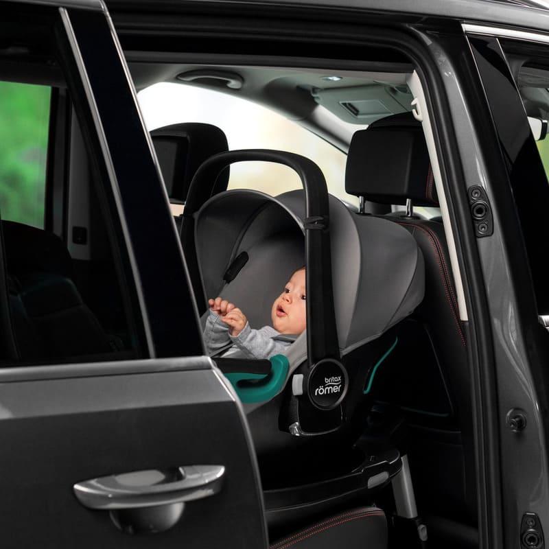 Siège-auto Baby-Safe 3 i-Size groupe 0+ avec base isofix Flex iSense Britax Romer Voiture
