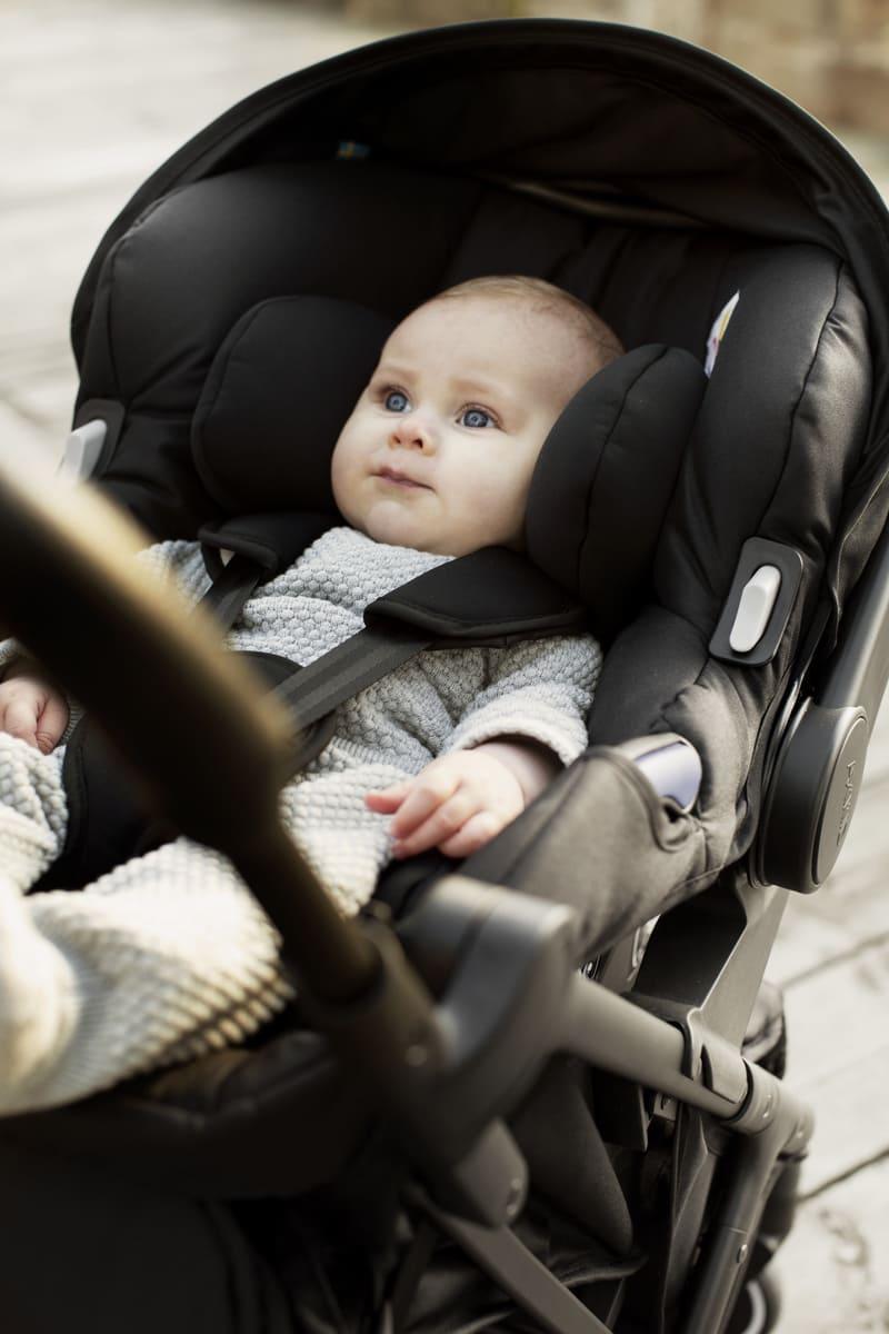 Siège-auto Modukid Infant i-Size 0+ et base Isofix Modukid Axkid Bébé