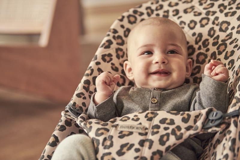 Transat Bliss Coton Léopard Babybjorn Enfant