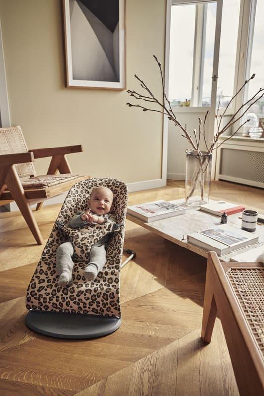 Transat Bliss Coton Léopard Babybjorn Utilisation